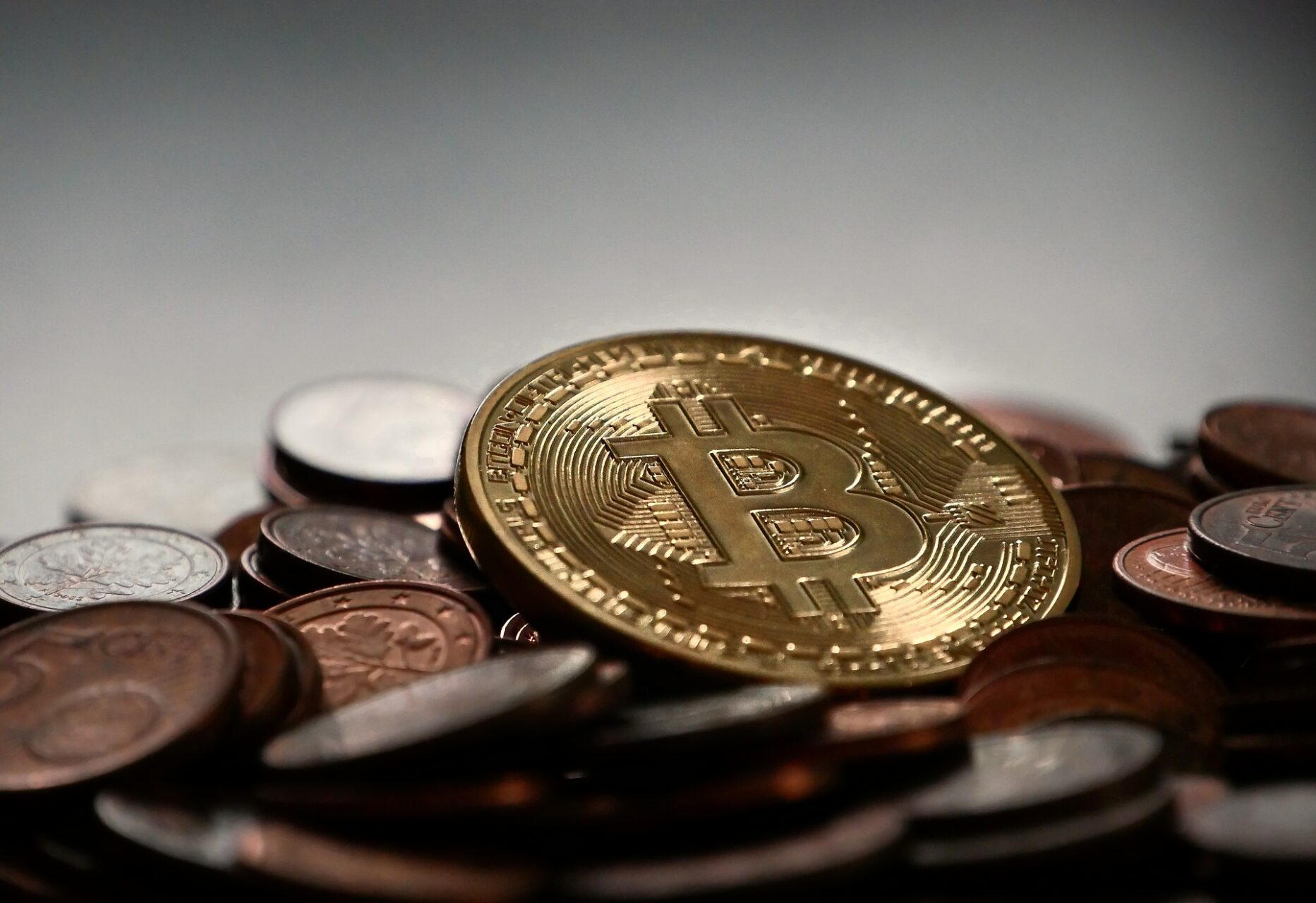 How To Get Started with Bitcoin and Cryptocurrency